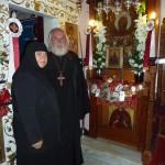 Игуменья Нимфодора и о.Виктор у чудотворной иконы св. Параскевы Римской