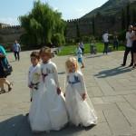 Светицховели. Эти чудные дети украшали чью-то свадьбу
